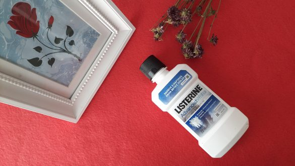 listerine advanced white