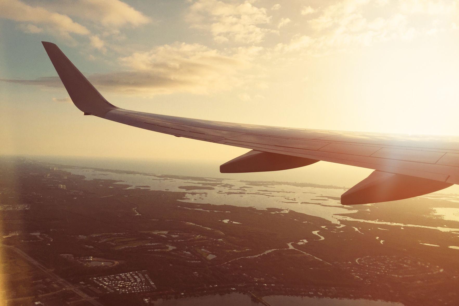 Uçak Seyahati Hakkında