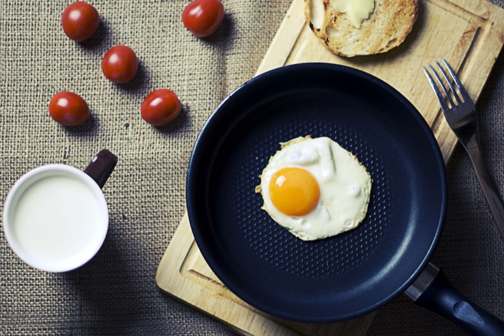 food-breakfast-egg-milk-1024x682 Pratik Kahvaltı Önerileri