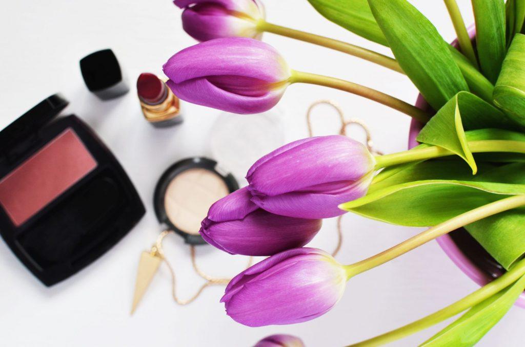 makeup-beauty-lipstick-make-up-1024x678 Makyaja Yeni Başlayanlar İçin