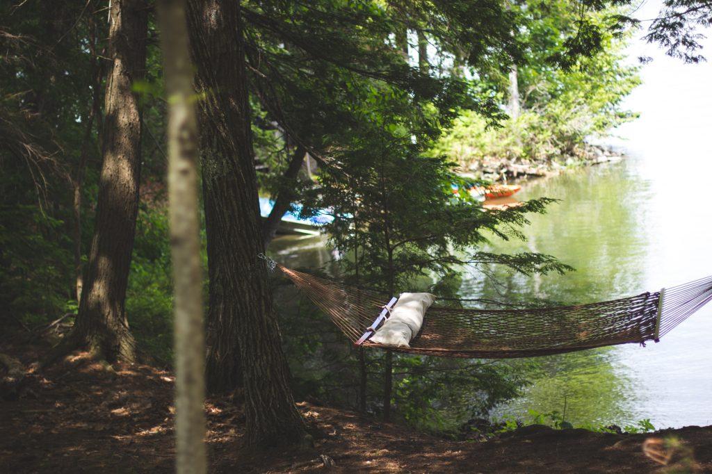 hammock-summer-lake-vacation-82055-1024x682 Pikniğe Nasıl Hazırlanılır?