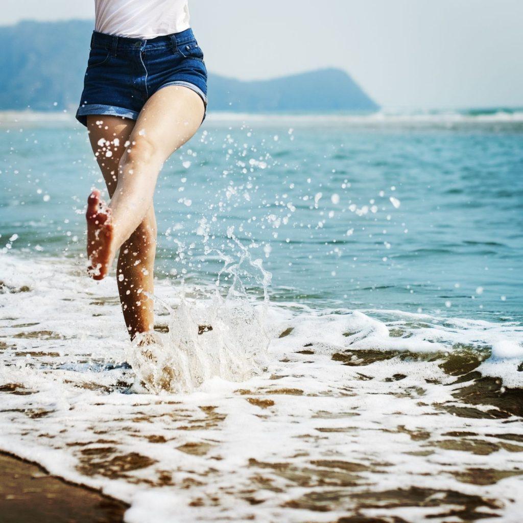 plaj-2-1024x1024 Plaj Çantası Nasıl Hazırlanır?